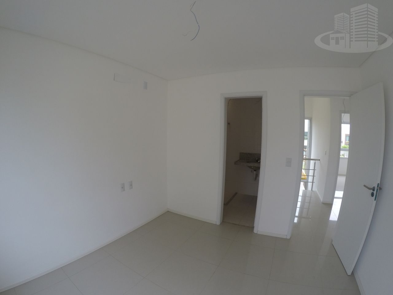 Casa em condomínio com 3 Dormitórios à venda, 140 m² por R$ 529.000,00