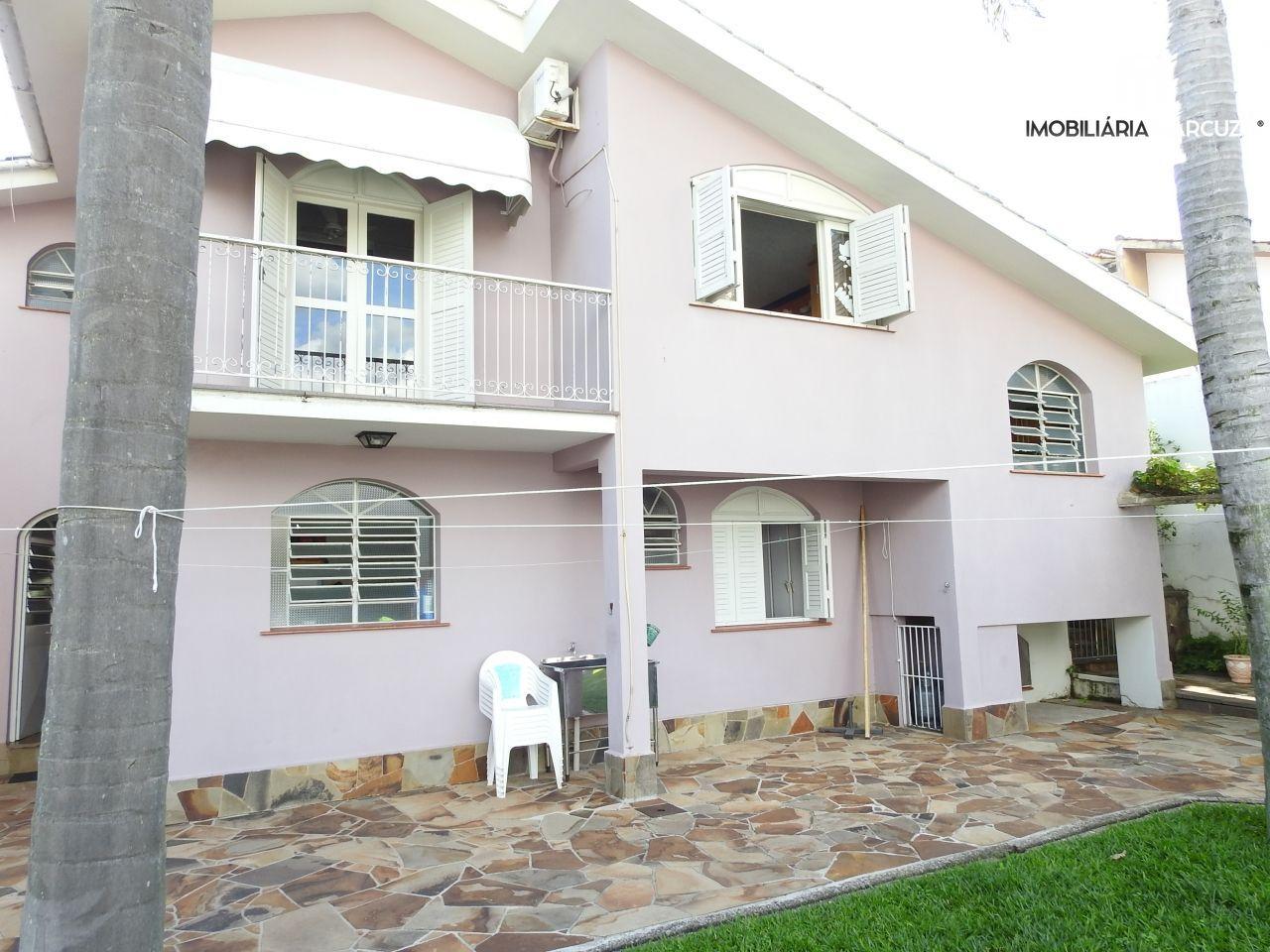 Casa com 4 Dormitórios à venda, 227 m² por R$ 2.300.000,00