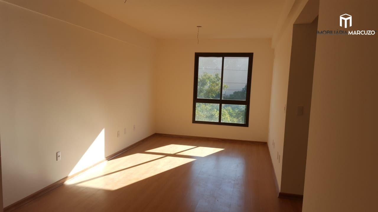 Apartamento com 2 Dormitórios à venda, 80 m² por R$ 325.000,00