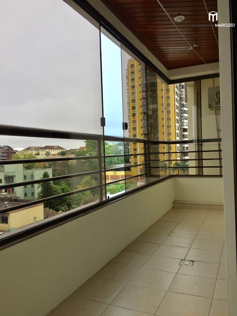 Apartamento com 2 Dormitórios à venda, 82 m² por R$ 375.000,00