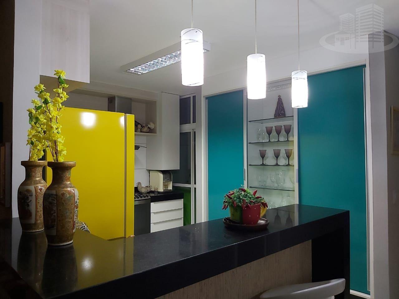 Casa em condomínio com 3 Dormitórios à venda, 177 m² por R$ 490.000,00