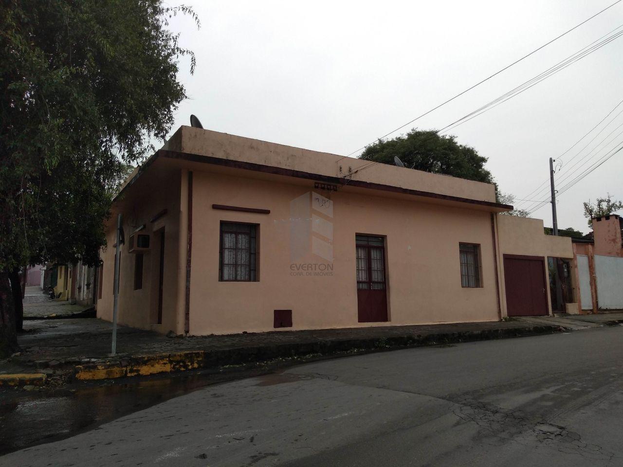 Casa à venda  no Nossa Senhora das Dores - Santa Maria, RS. Imóveis