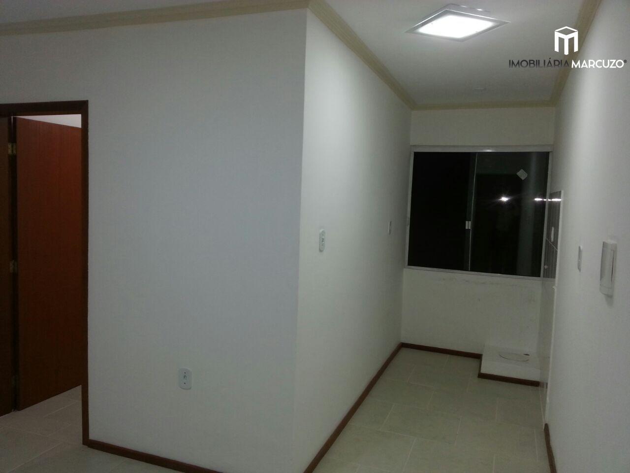Apartamento com 2 Dormitórios à venda, 48 m² por R$ 180.000,00