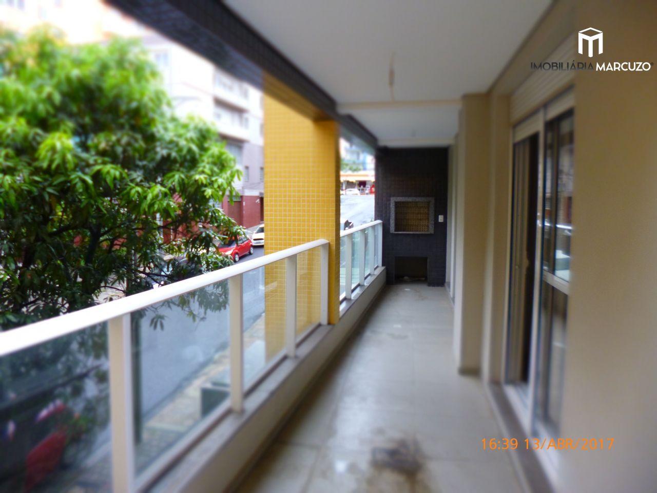 Apartamento com 3 Dormitórios à venda, 130 m² por R$ 470.000,00
