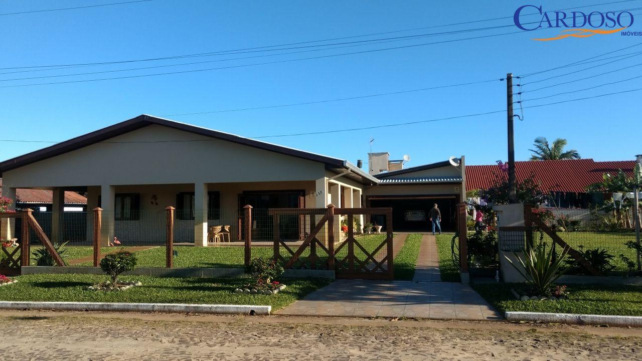 Casa à venda  no Praia Paraíso - Torres, RS. Imóveis