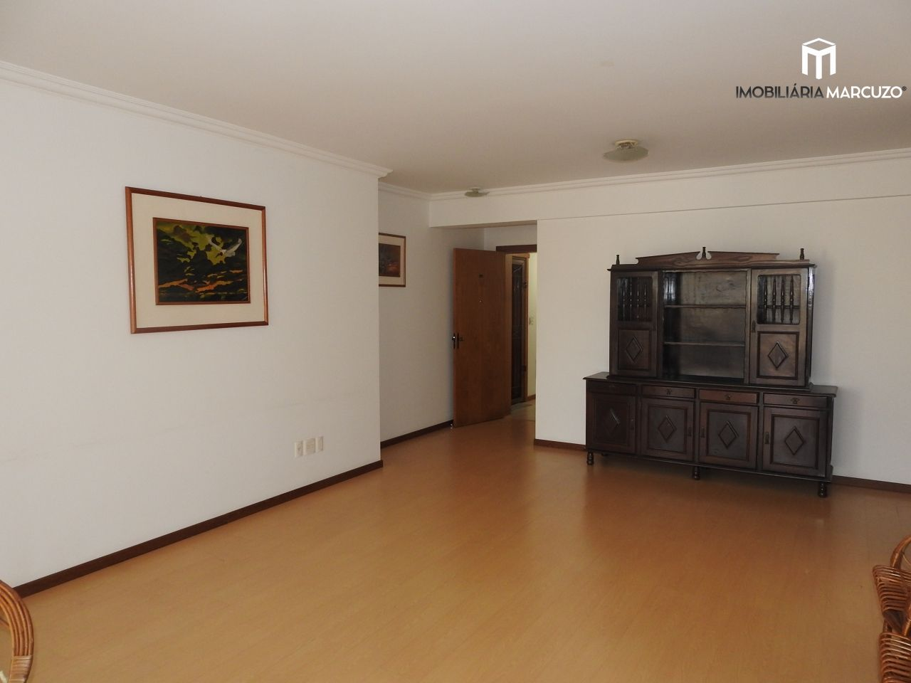 Apartamento com 3 Dormitórios à venda, 132 m² por R$ 750.000,00