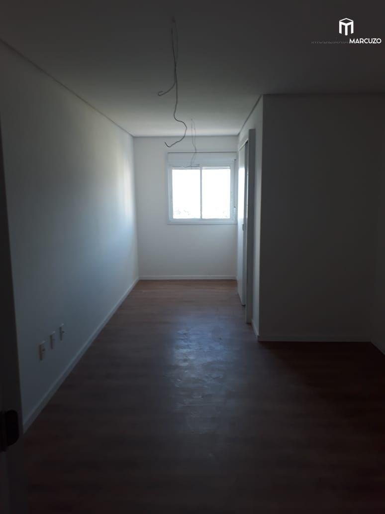 Apartamento com 3 Dormitórios à venda, 204 m² por R$ 810.000,00