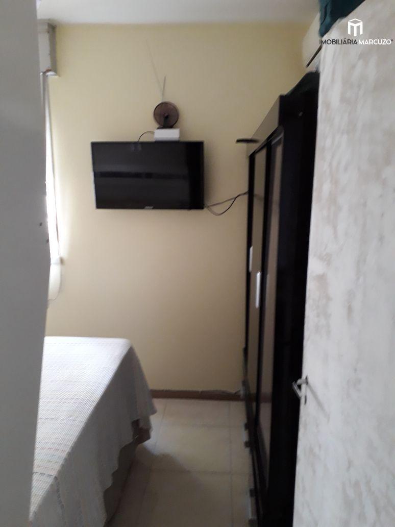 Apartamento com 3 Dormitórios à venda, 67 m² por R$ 155.000,00
