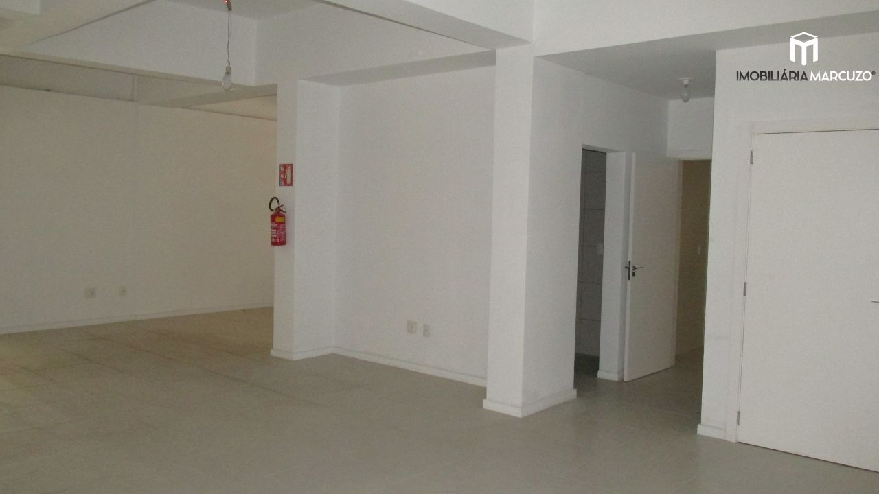 Sala comercial para alugar, 203 m² por R$ 8.000,00