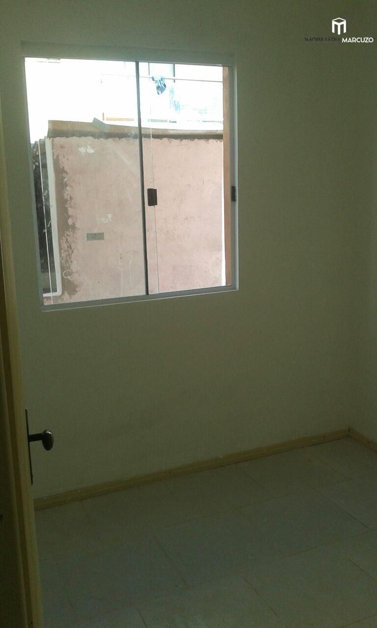 Apartamento com 2 Dormitórios à venda, 53 m² por R$ 175.000,00