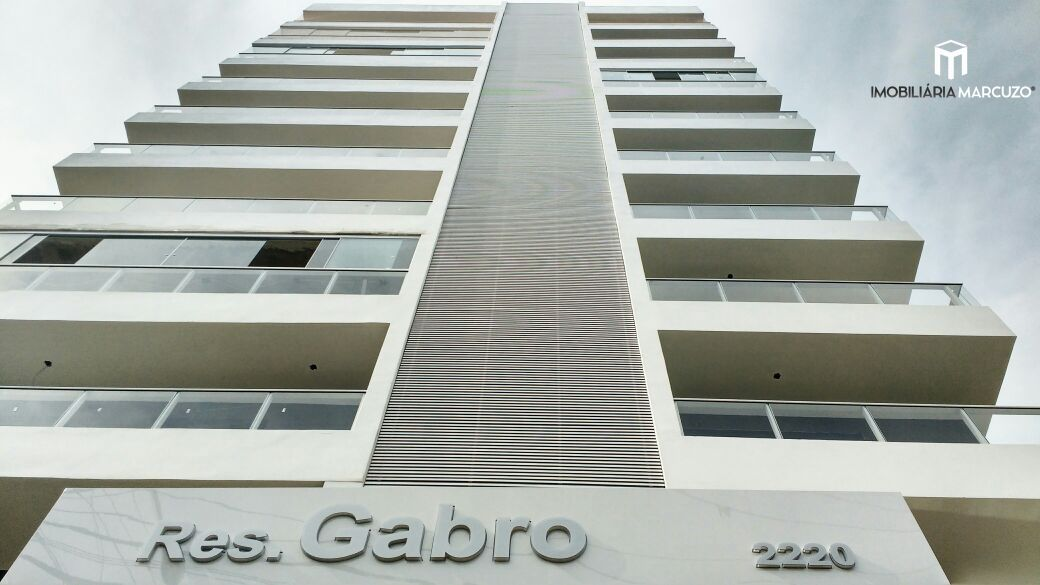 Apartamento com 2 Dormitórios à venda, 74 m² por R$ 460.000,00