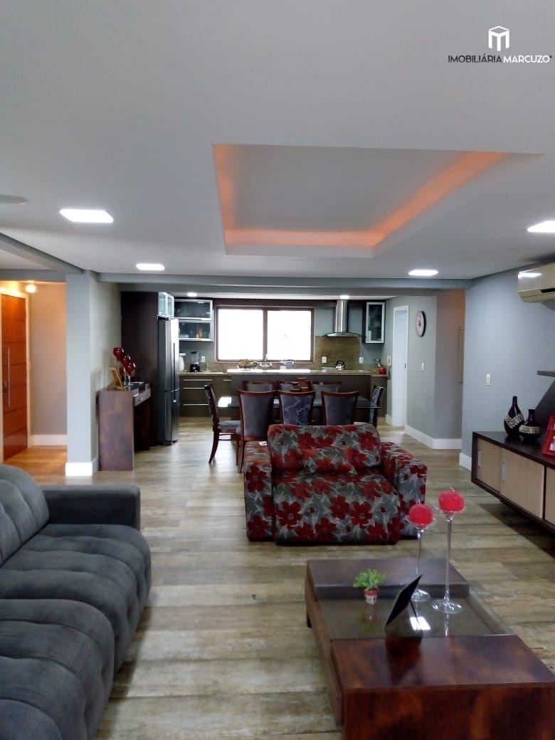 Apartamento com 3 Dormitórios à venda, 182 m² por R$ 950.000,00
