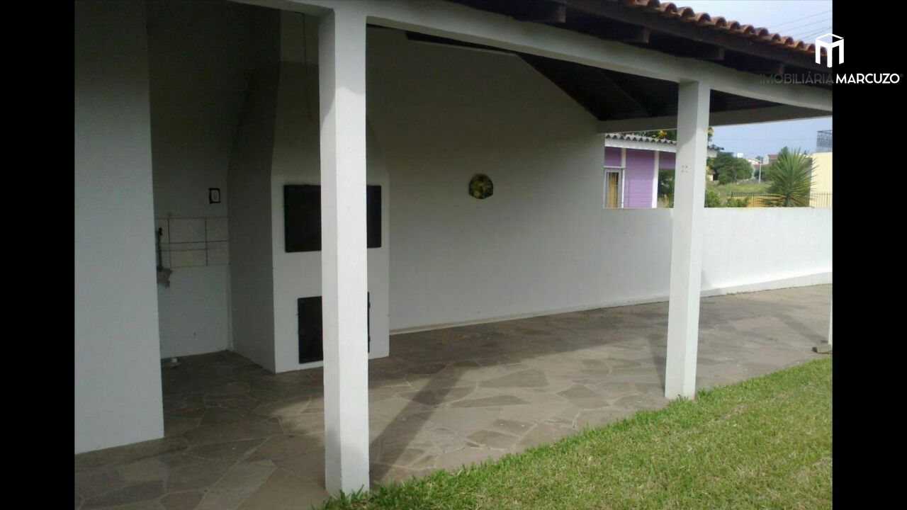 Casa com 2 Dormitórios à venda, 116 m² por R$ 315.000,00