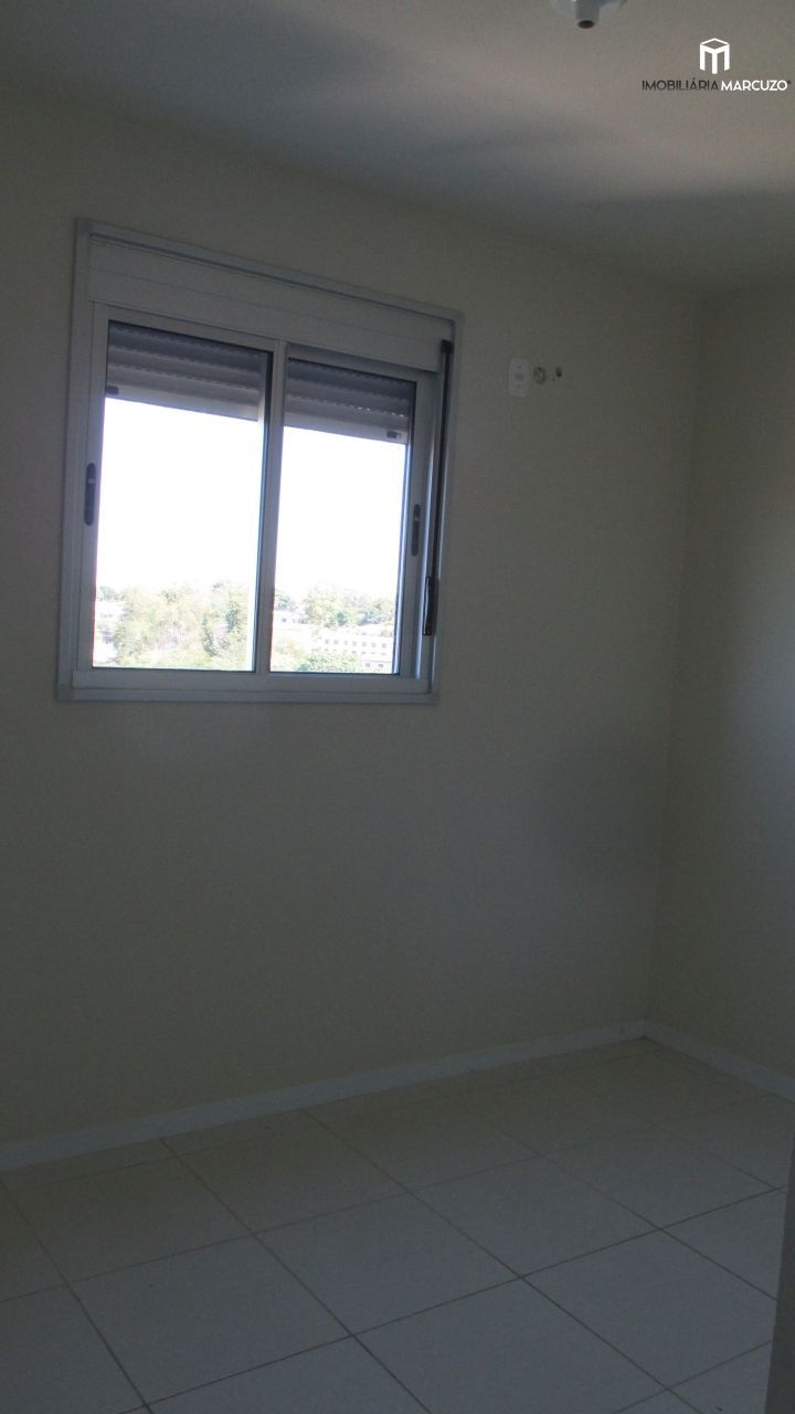 Apartamento com 3 Dormitórios à venda, 62 m² por R$ 210.000,00