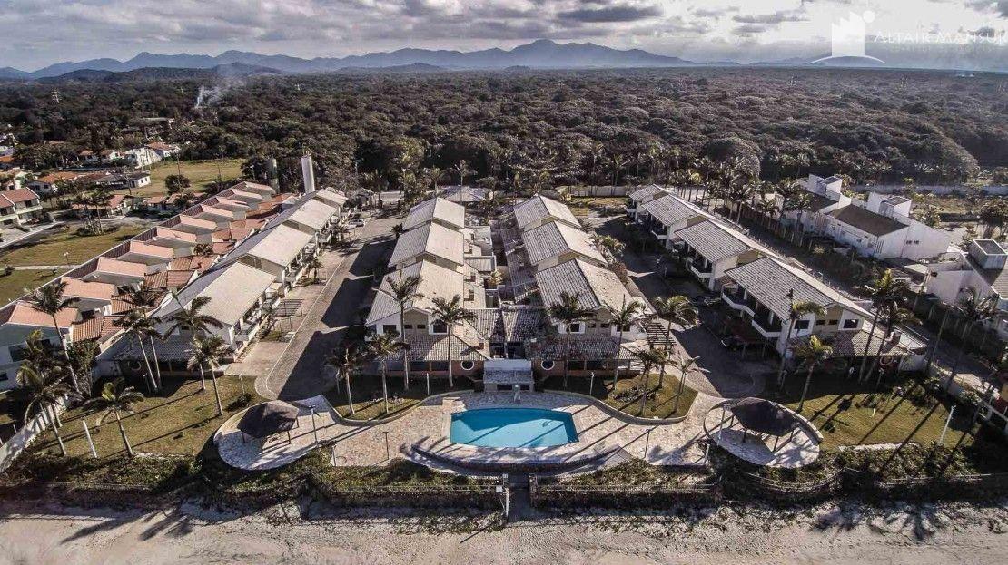 Casa em condomínio à venda  no Paese - Itapoá, SC. Imóveis