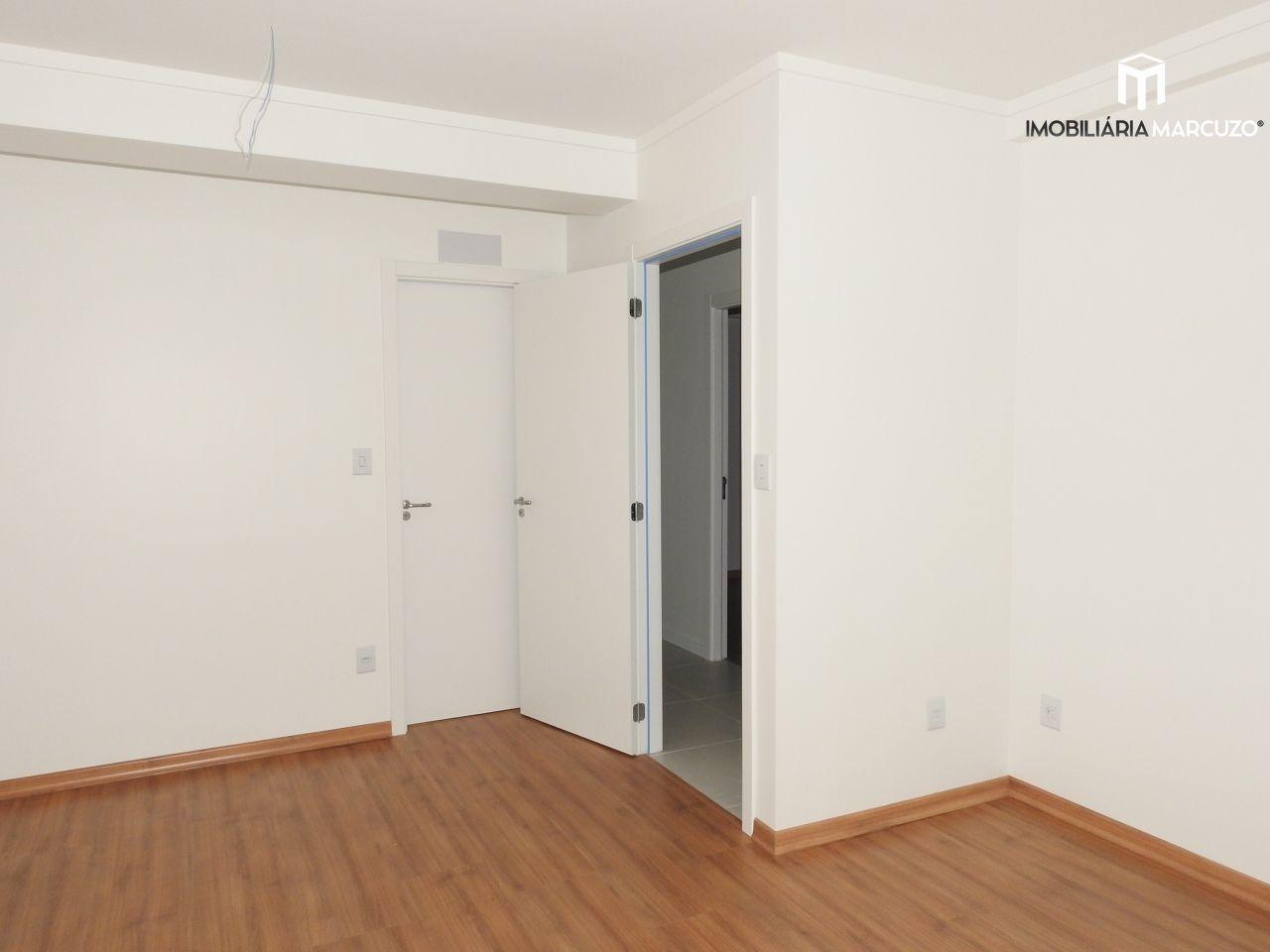 Apartamento com 3 Dormitórios à venda, 115 m² por R$ 780.000,00