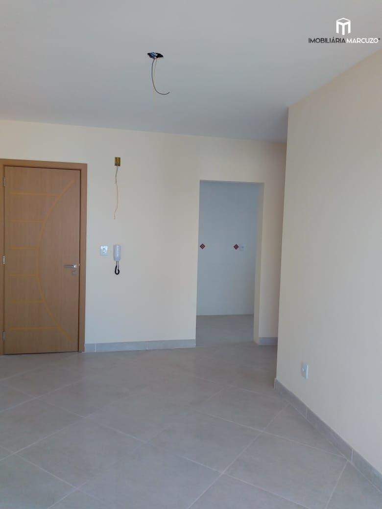 Apartamento com 1 Dormitórios à venda, 49 m² por R$ 240.000,00