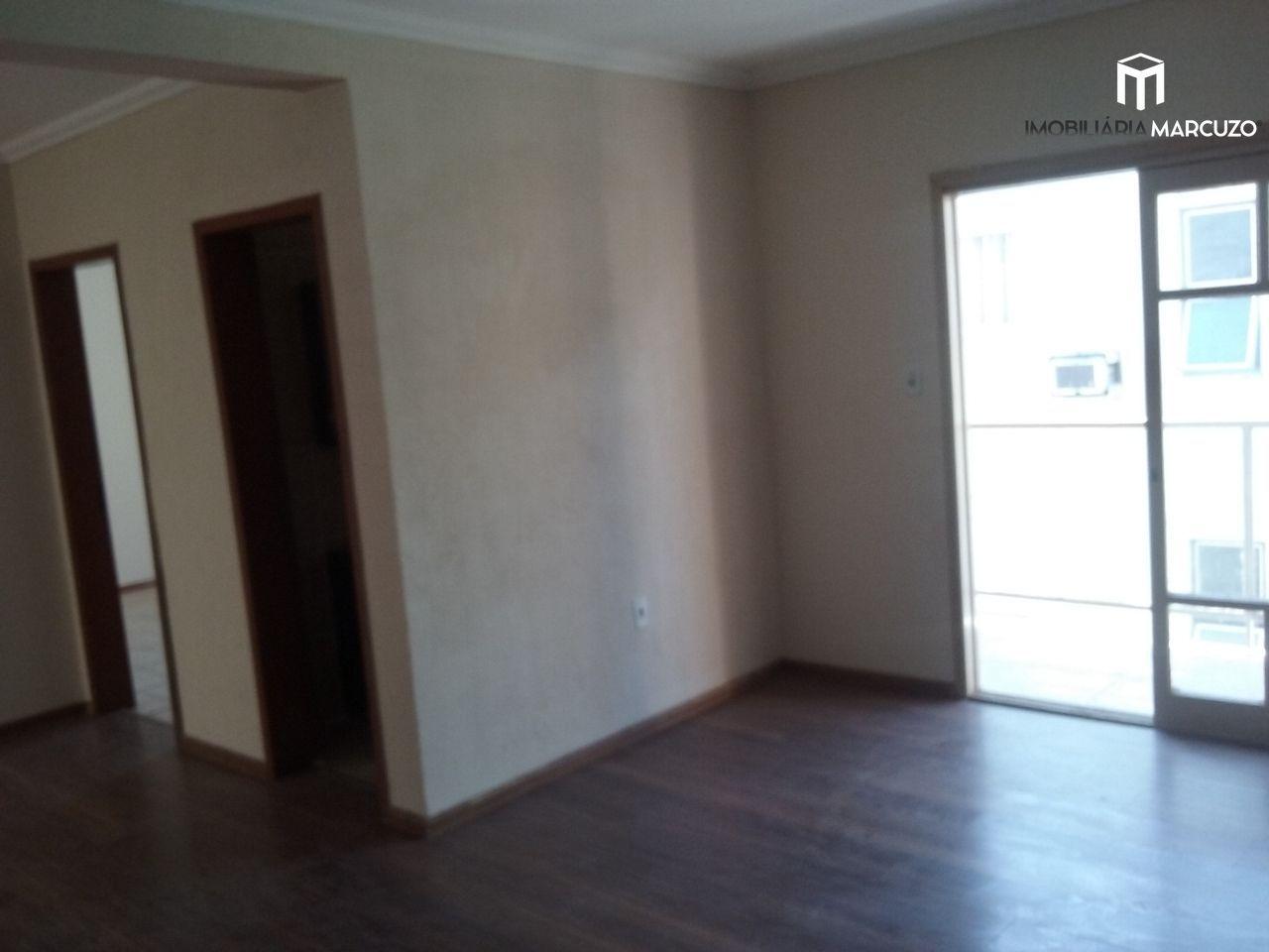 Apartamento com 3 Dormitórios à venda, 100 m² por R$ 290.000,00