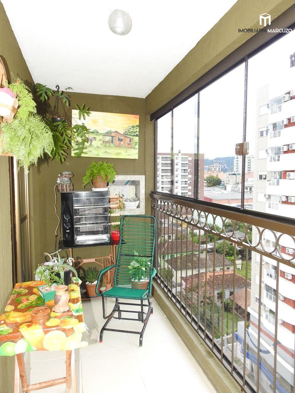 Apartamento com 4 Dormitórios à venda, 155 m² por R$ 880.000,00
