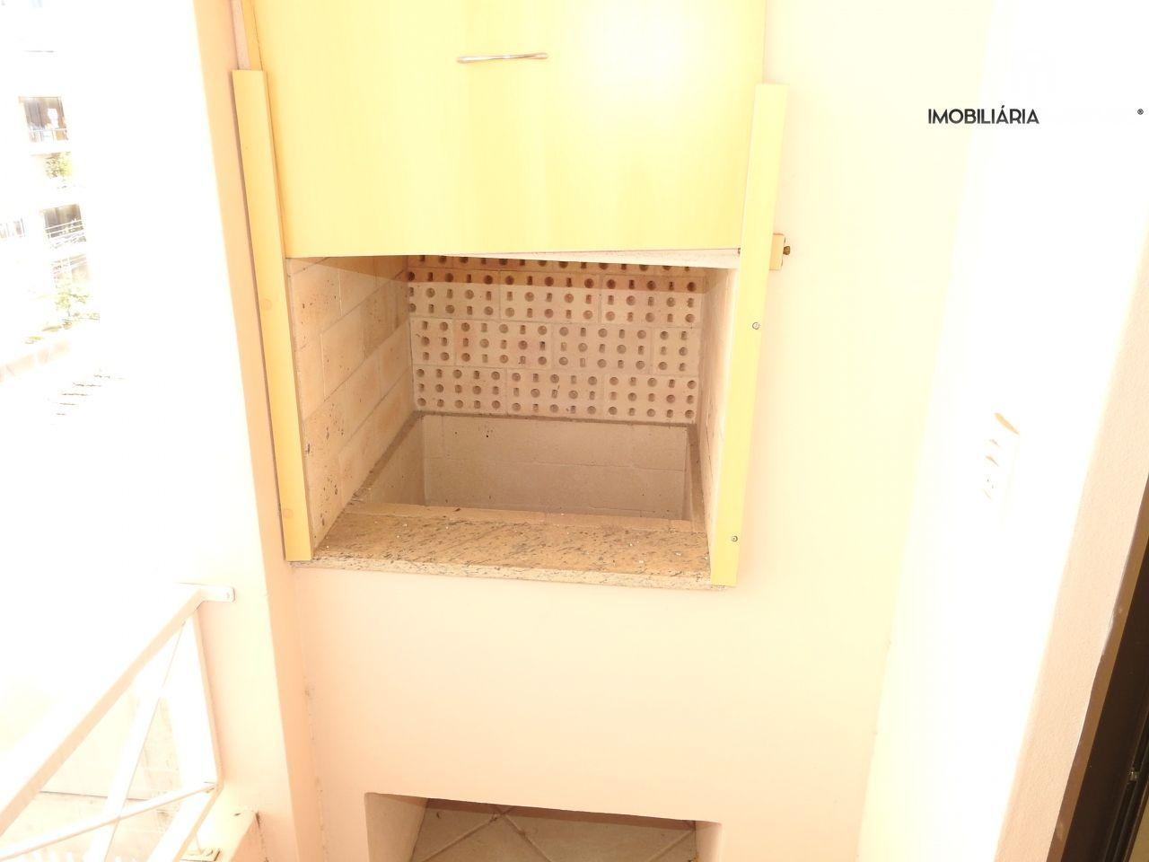 Apartamento com 2 Dormitórios à venda, 70 m² por R$ 270.000,00