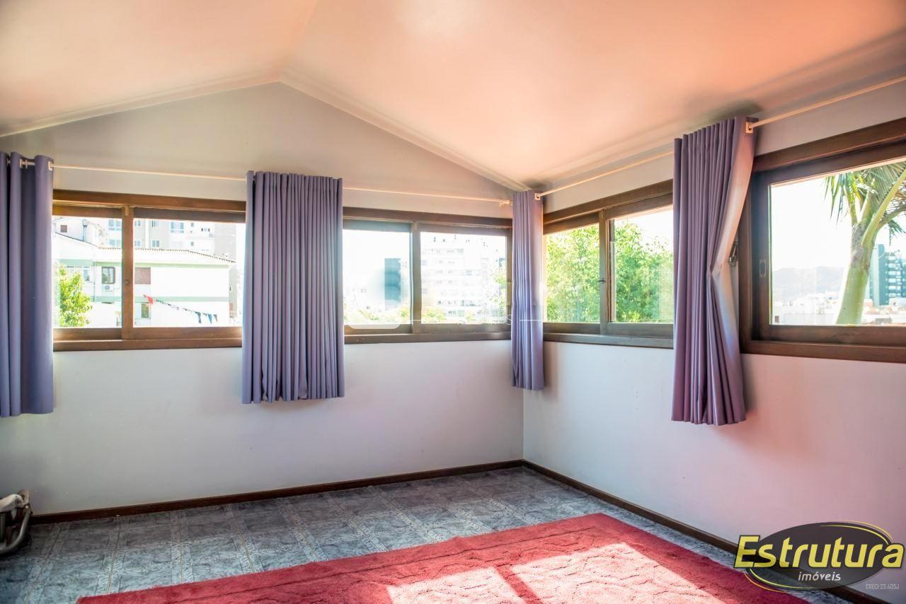 Casa com 4 Dormitórios à venda, 430 m² por R$ 1.250.000,00