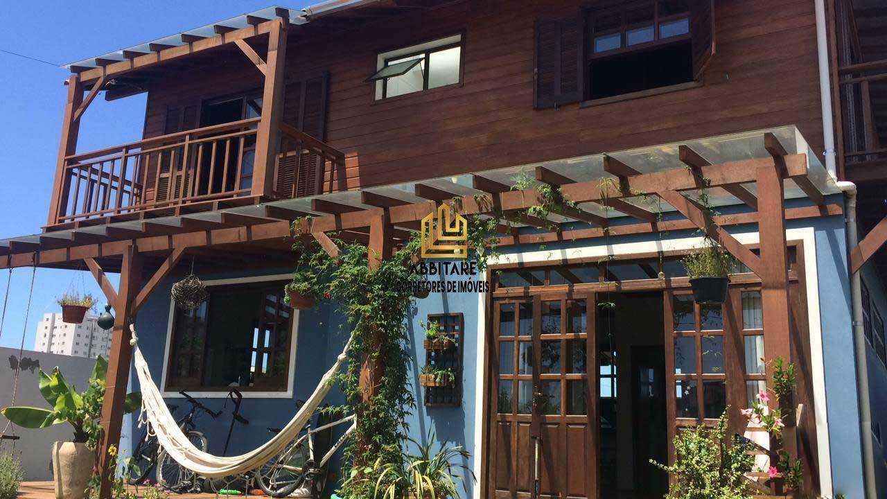 Casa com 3 Dormitórios à venda, 114 m² por R$ 615.000,00