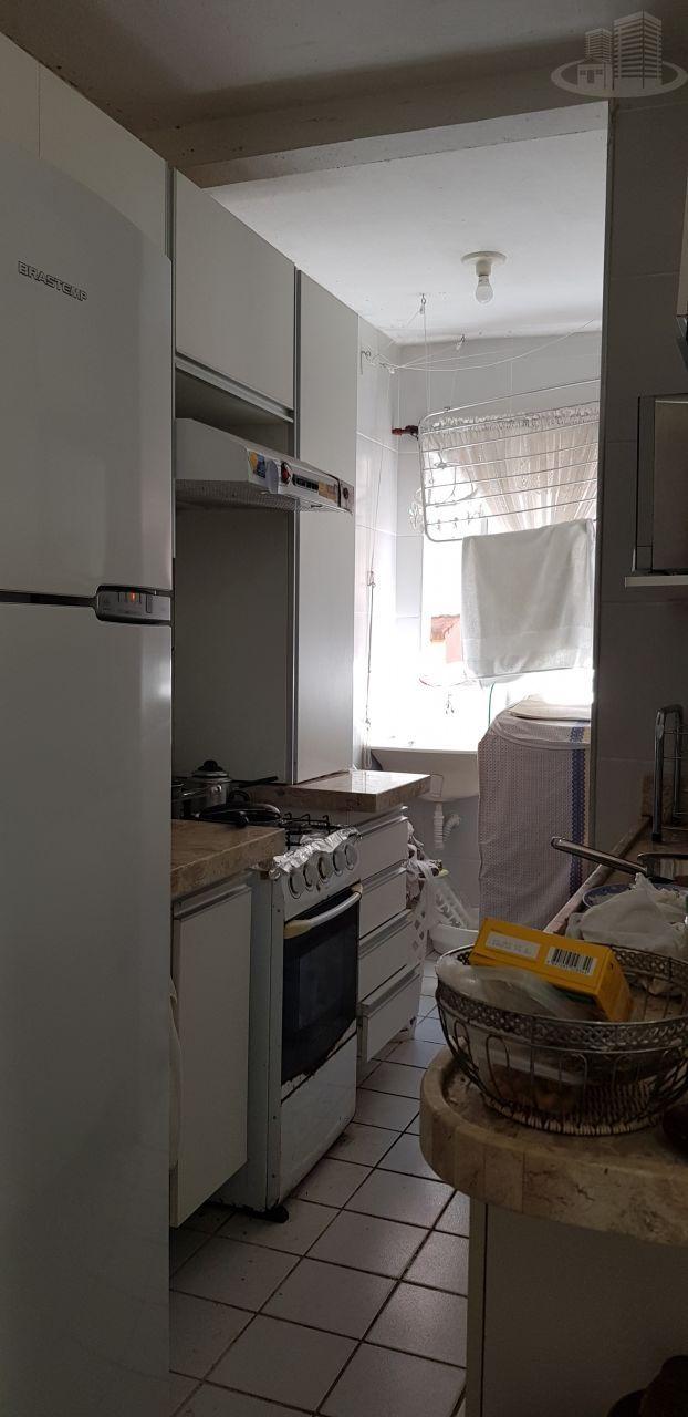 Casa em condomínio com 4 Dormitórios à venda, 380 m² por R$ 990.000,00