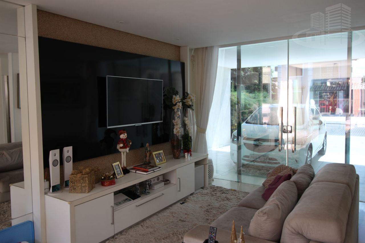 Casa em condomínio com 4 Dormitórios à venda, 24 m² por R$ 880.000,00