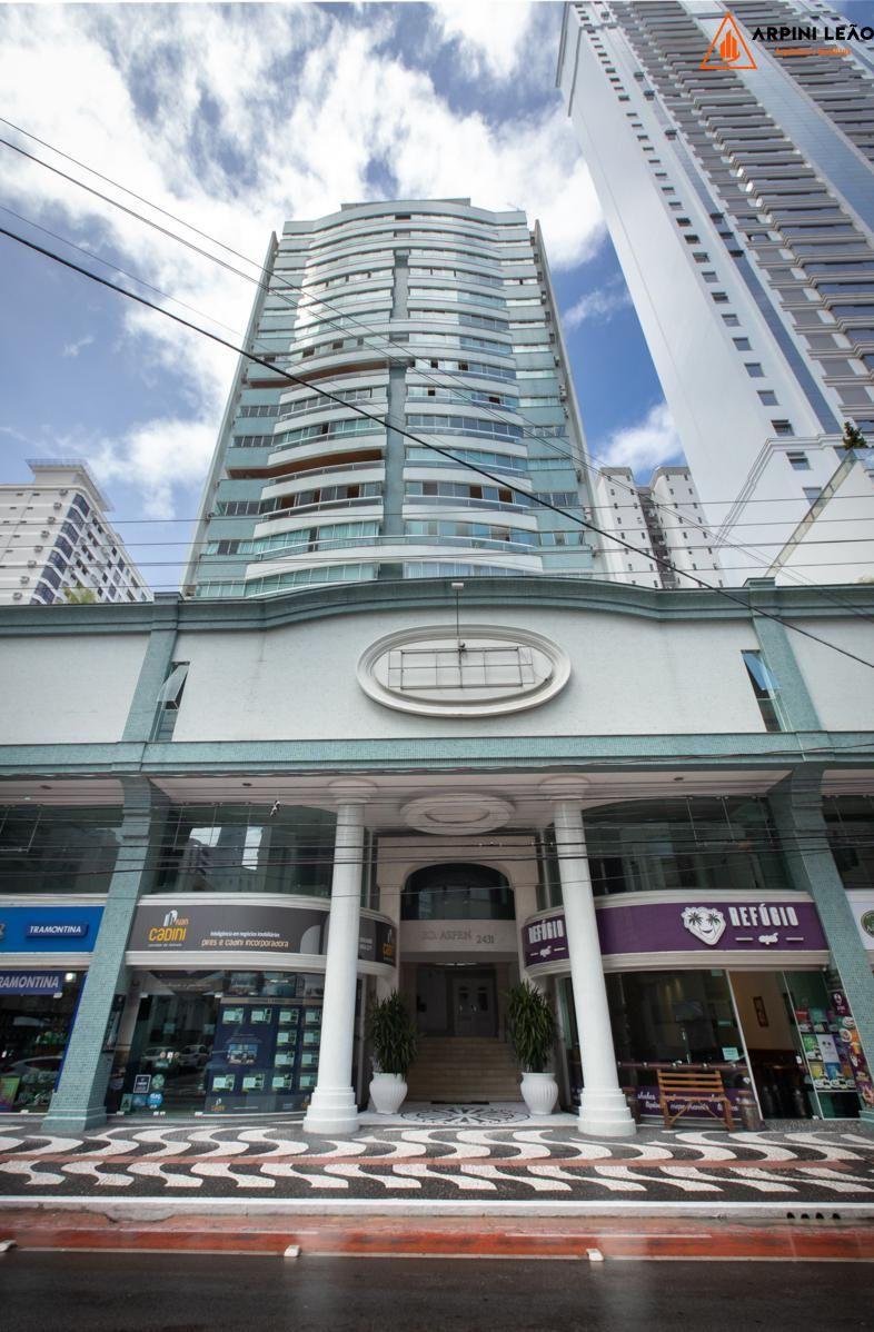 Sala comercial à venda  no Centro - Balneário Camboriú, SC. Imóveis