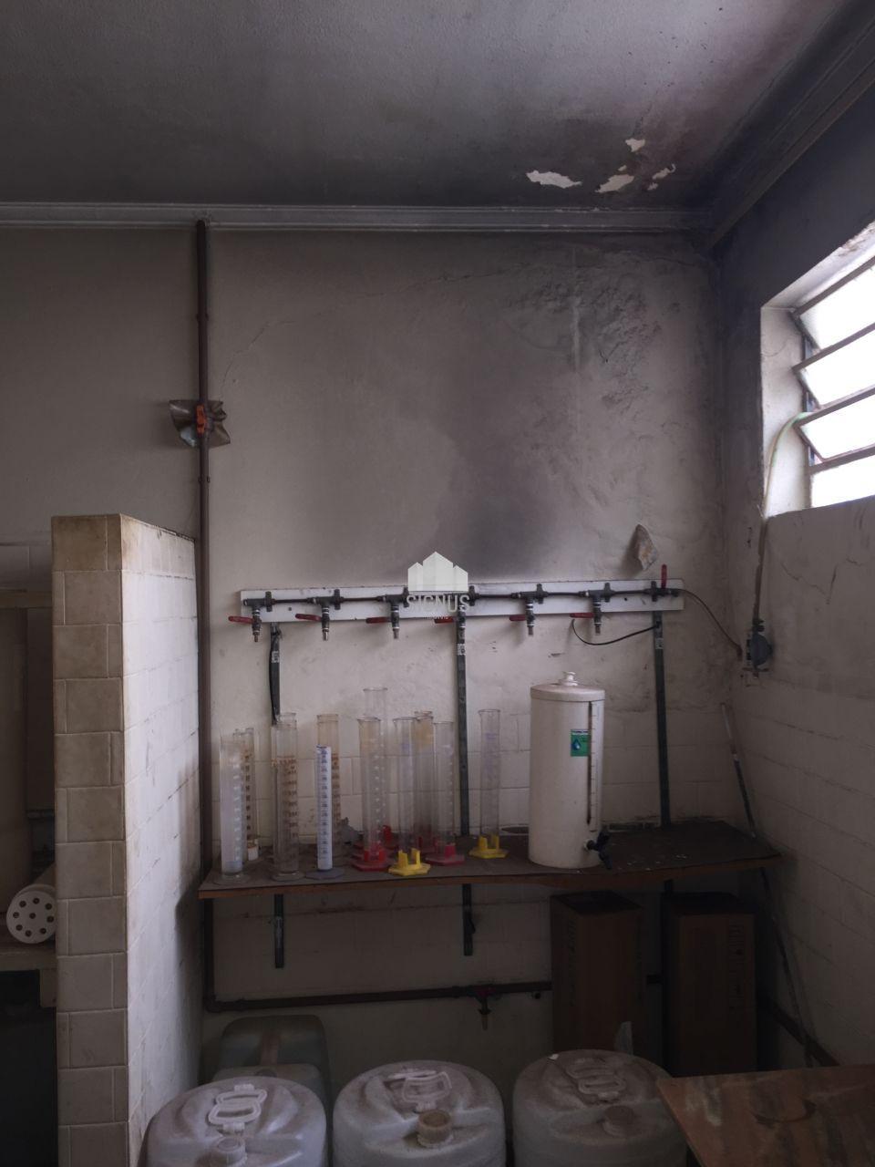 Ponto comercial com 9 Dormitórios à venda, 250 m² por R$ 700.000,00