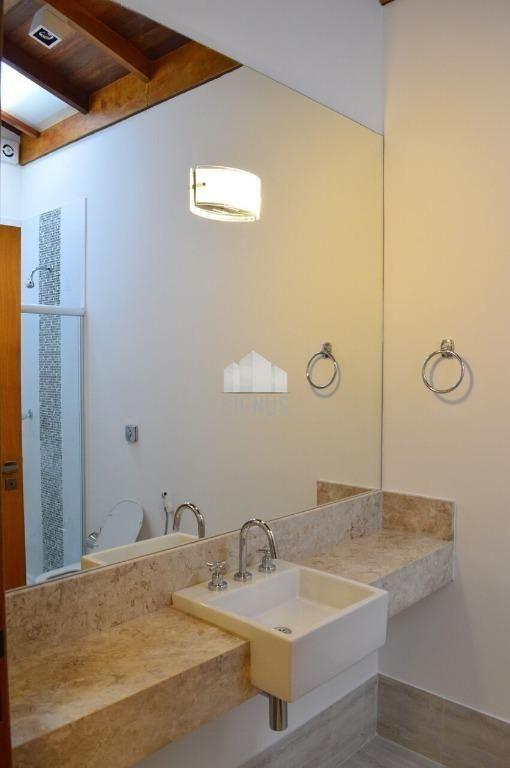 Casa em condomínio com 4 Dormitórios para alugar, 1.136 m² por R$ 9.800,00
