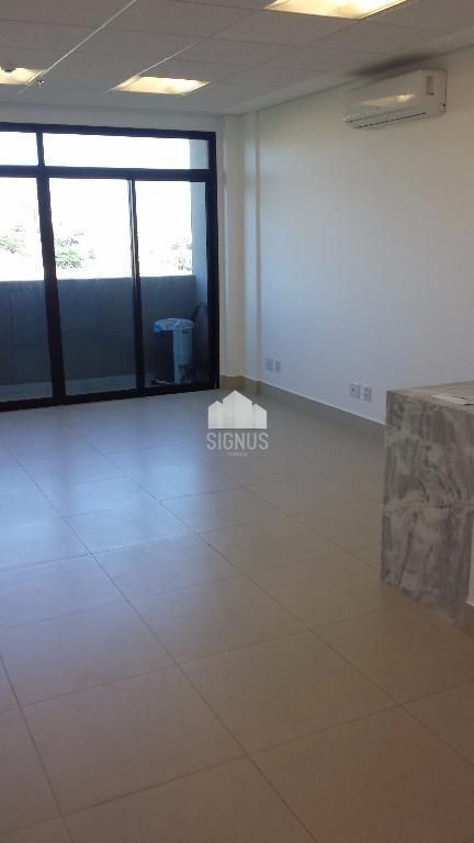 Sala comercial com 1 Dormitórios à venda, 33 m² por R$ 240.000,00