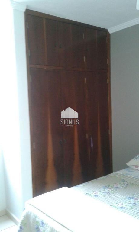 Apartamento com 3 Dormitórios à venda, 72 m² por R$ 270.000,00