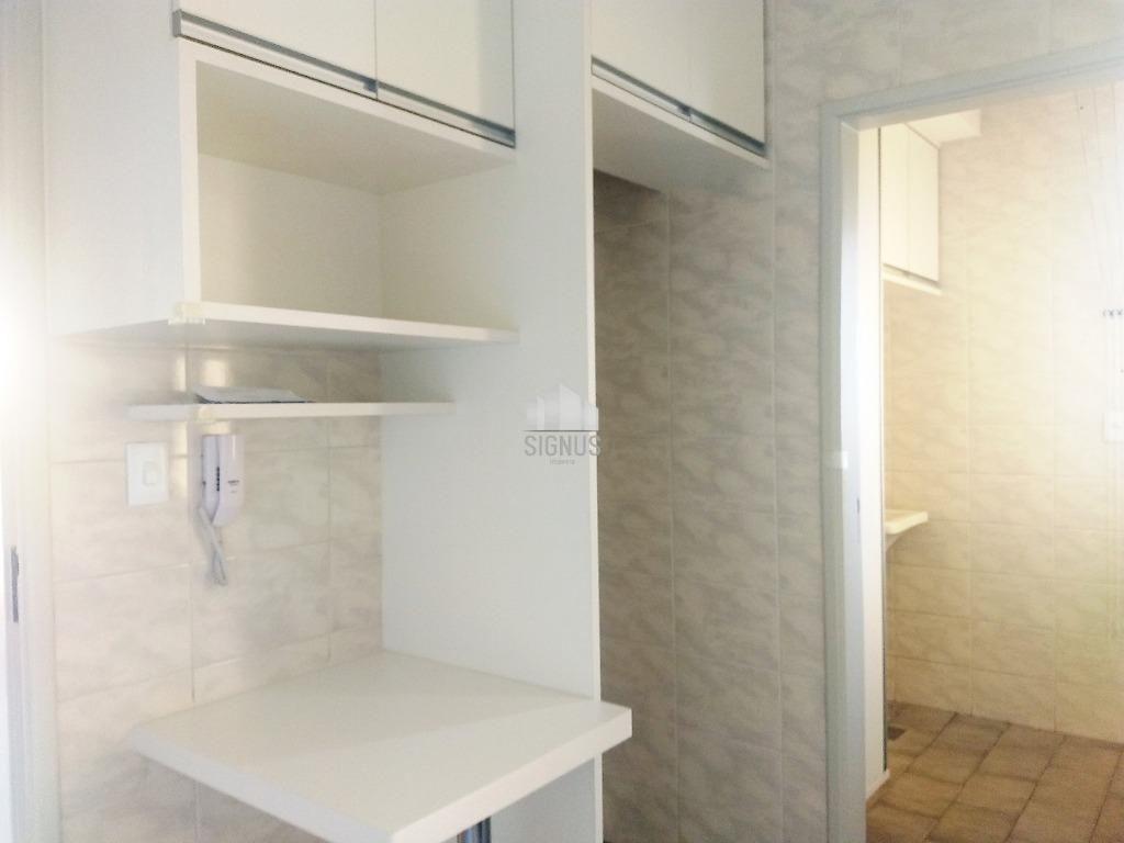 Apartamento com 2 Dormitórios à venda, 72 m² por R$ 310.000,00