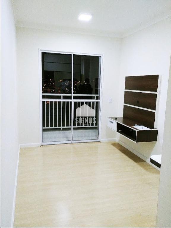Apartamento com 3 Dormitórios à venda, 54 m² por R$ 390.000,00