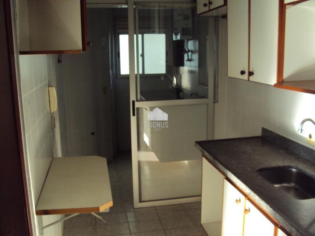 Apartamento com 3 Dormitórios à venda, 73 m² por R$ 430.000,00