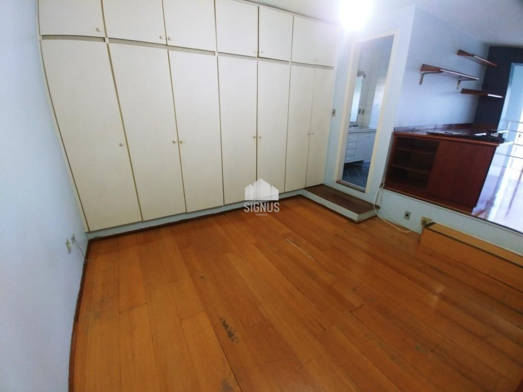 Apartamento com 1 Dormitórios à venda, 70 m² por R$ 400.000,00