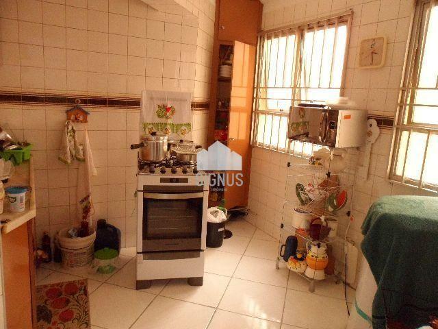 Apartamento com 1 Dormitórios à venda, 57 m² por R$ 230.000,00