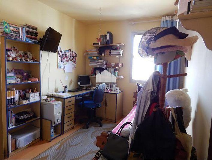 Apartamento com 3 Dormitórios à venda, 140 m² por R$ 650.000,00