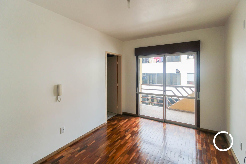 Apartamento com 1 Dormitórios para alugar, 58 m² por R$ 800,00