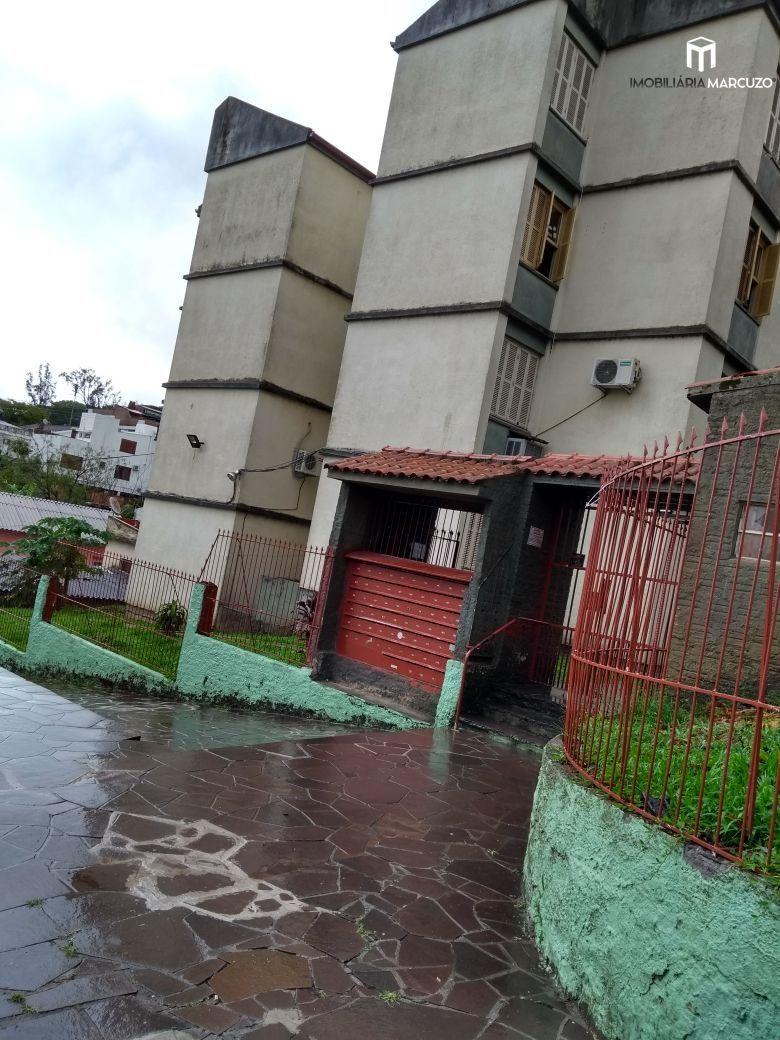 Apartamento com 1 Dormitórios à venda, 52 m² por R$ 135.000,00