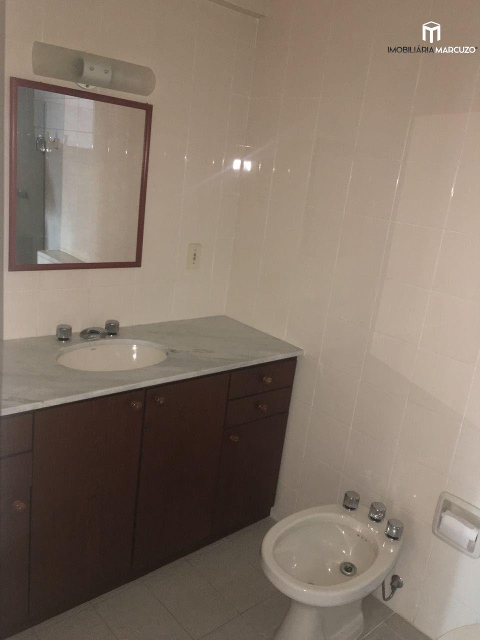 Apartamento com 2 Dormitórios à venda, 112 m² por R$ 400.000,00