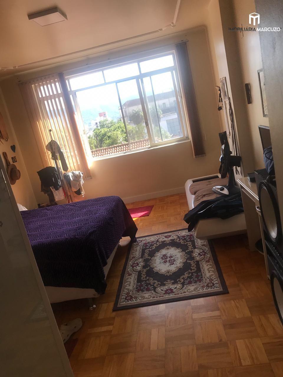 Apartamento com 4 Dormitórios à venda, 180 m² por R$ 680.000,00