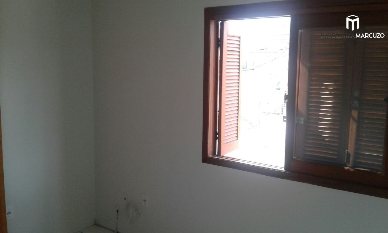 Casa com 2 Dormitórios à venda, 69 m² por R$ 189.000,00