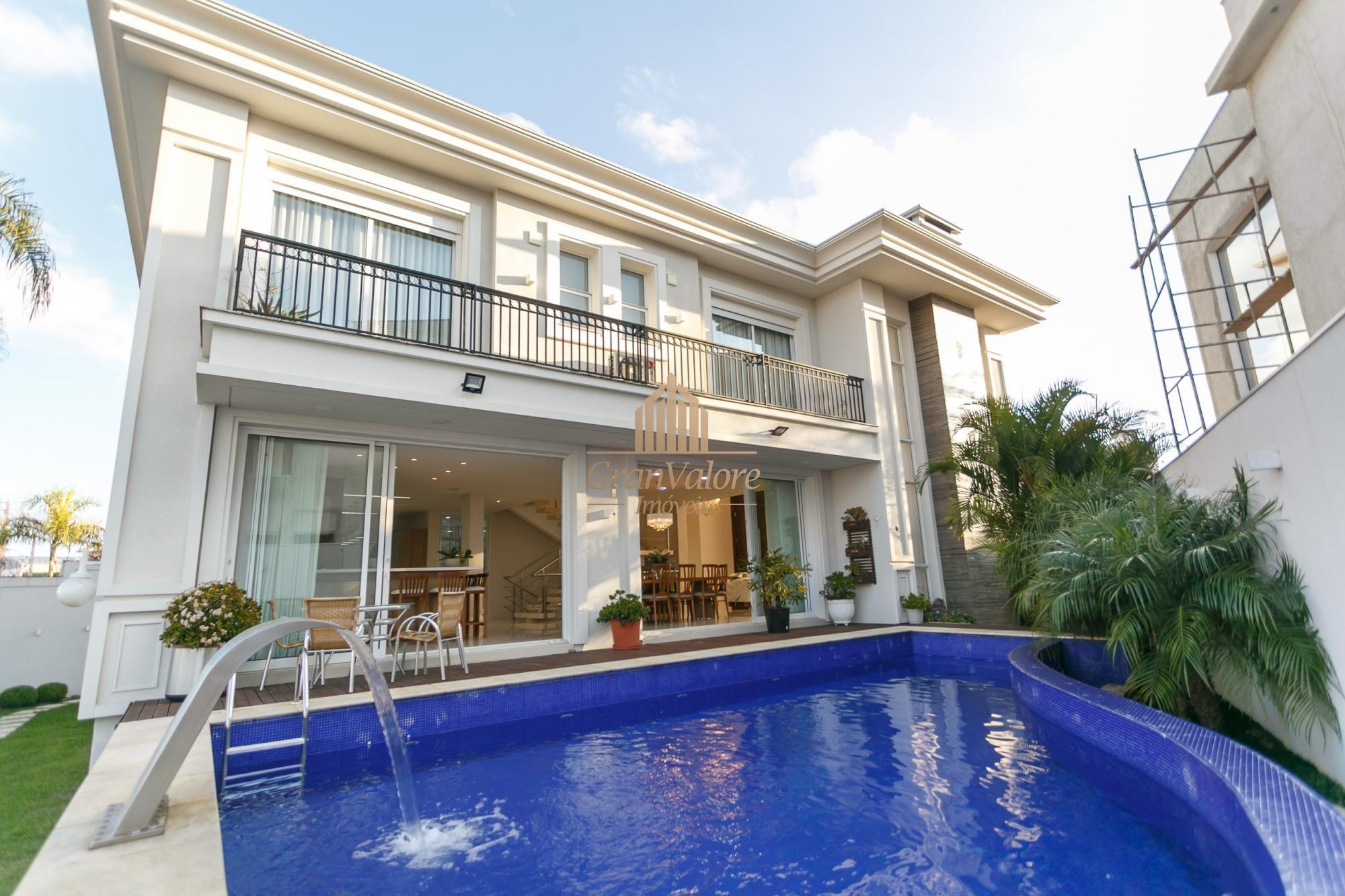 Casa em condomínio à venda  no Xaxim - Curitiba, PR. Imóveis