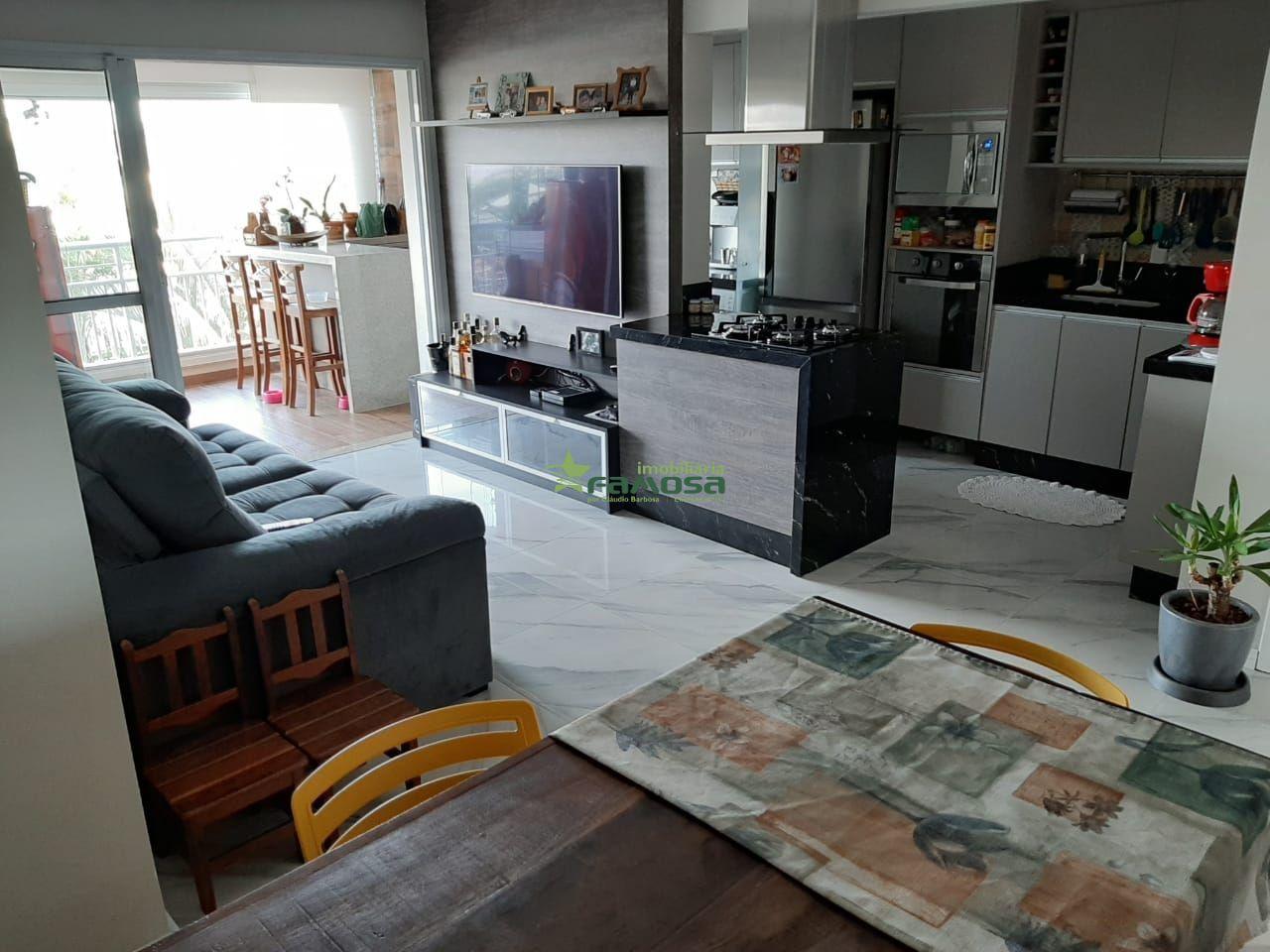 Apartamento à venda  no Jardim Santa Mena - Guarulhos, SP. Imóveis