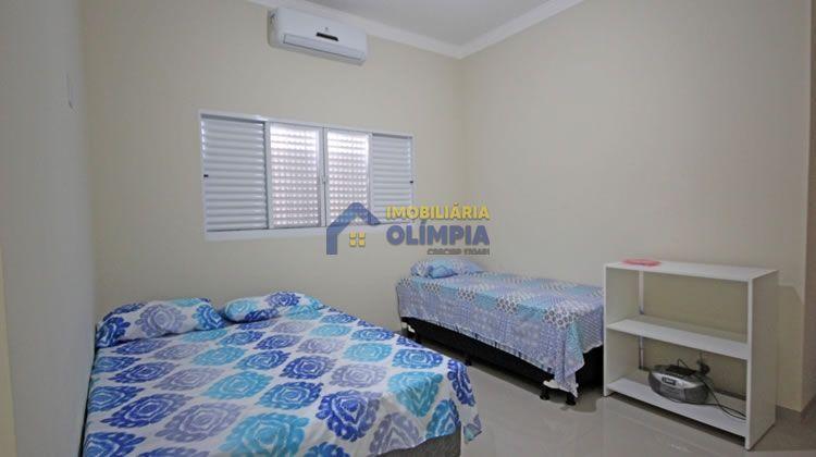 Casa com 3 Dormitórios à venda, 163 m² por R$ 400.000,00