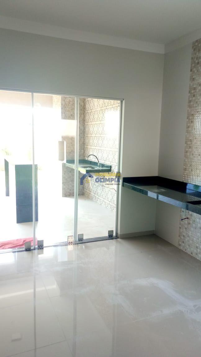 Casa com 3 Dormitórios à venda, 200 m² por R$ 450.000,00