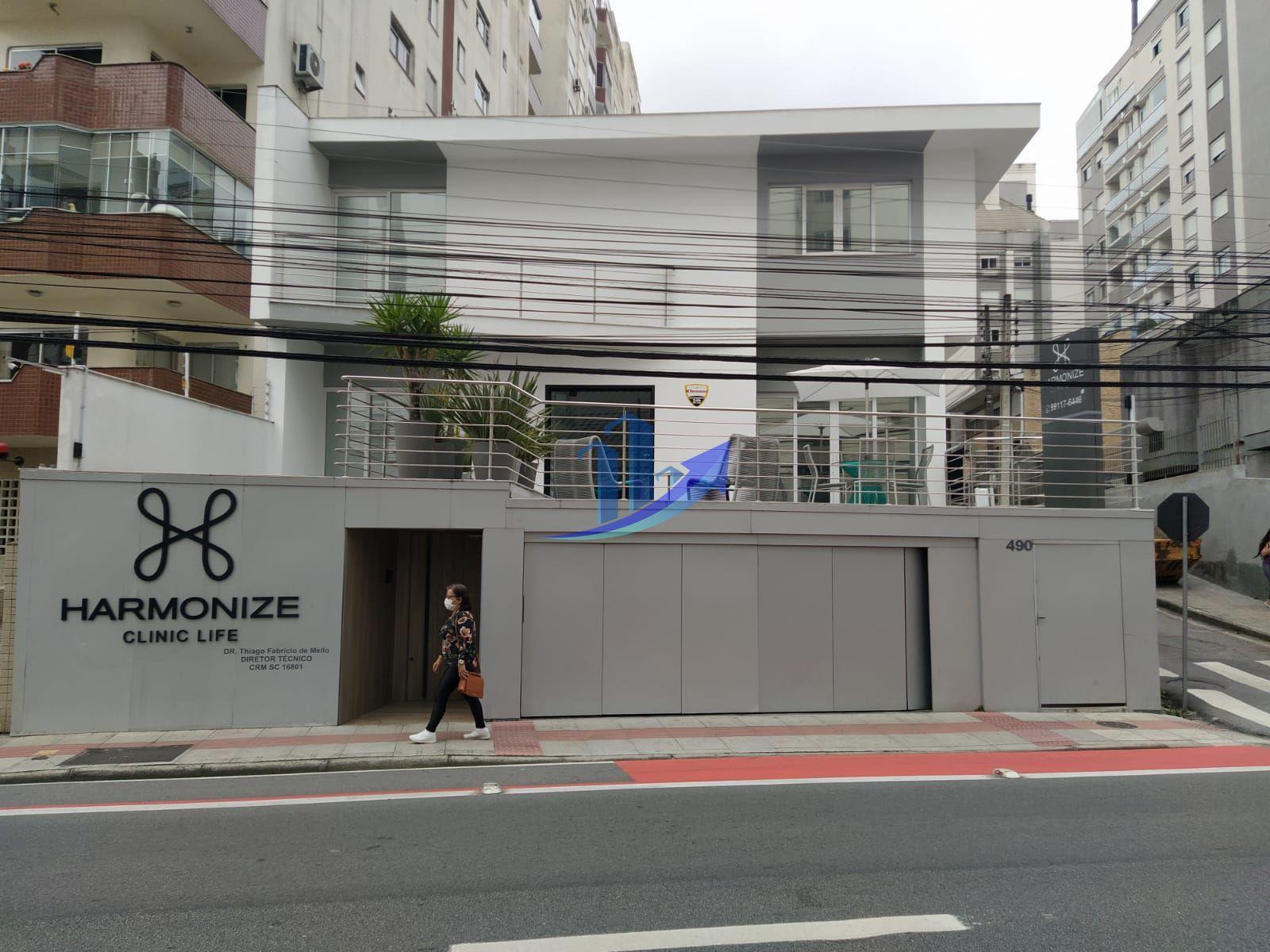 Prédio comercial/residencial à venda  no Agronômica - Florianópolis, SC. Imóveis