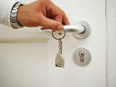 Busca por crédito imobiliário cresceu 73,6% em julho, diz Abecip